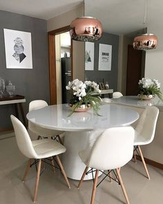 50 economical apartment living room design ideas on a budget 46 Glass Dining Table, Apartment Living Room Design, Dining Room Design, Luxury Dining Room, Dinner Room, Dining Table, Home Decor, Apartment Decor, Dining Room Decor