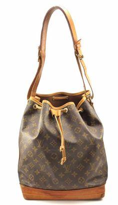 b0ec66395c7a Louis Vuitton Authentic Vintage Noe Monogram Canvas Women s Hobo Bag