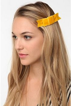 Velvet Hair Comb    perfect for the games