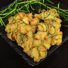 "This is ""Frittelle di zucchine croccanti"" by Al.ta Cucina on Vimeo, the home for high quality videos and the people who love them. Vegetarian Recipes, Cooking Recipes, Healthy Recipes, Cucumber Recipes, Soul Food, Food Dishes, Food Videos, Italian Recipes, Appetizer Recipes"