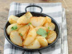 Découvrez la recette Navets glacés aux épices marocaines sur cuisineactuelle.fr.
