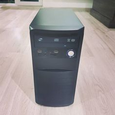 Obnovená PC zostava core 2 quad 4 jadra 4gb ram ddr3 500gb disk 1gb ati radeon hd ddr5 ;) za smiešnu cenu a samozrejme original windows a 2.r zaruka