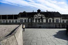 Bewegender Bericht über die Dachaufahrt der Neuntklässler und ein Brief an den Zeitzeugen Max Mannheimer:   http://www.salem-net.de/aktuelles/aktuelles/news/news-einzelansicht/article/fuer-freiheit-und-menschlichkeit.html