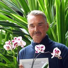 "Fashion Designer Wolfgang Joop names a new orchid ""Phaleanopsis wolfi"""