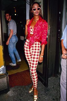 1990s Fashion Trends, Fashion Guys, Nineties Fashion, 90s Fashion Grunge, Fashion Models, Fashion Outfits, 90s Grunge, Celebrities Fashion, Runway Fashion