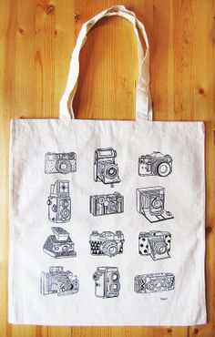 Cameras canvas tote bag by boyounillo on Etsy Silk Screen Printing, Printing On Fabric, Cotton Tote Bags, Reusable Tote Bags, Silkscreen, Diy Tote Bag, Batik, New Year Gifts, Cute Bags
