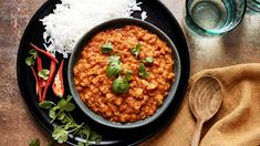 Linssicurry   Pataruoat   Yhteishyvä Halloumi, Bolognese, Chana Masala, Chili, Healthy Recipes, Healthy Food, Curry, Vegan, Ethnic Recipes
