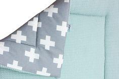 Mintgroen/grijs boxkleed op maat gemaakt bij Ukje. ♥ www.ukje.nl #UKJE #boxkleed
