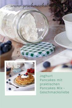 Rezept für Pancakes mit Joghurt. Einfach und lecker mit praktischen Pancakes Mix zum selber machen. Gesunde Pfannkuchen zum Frühstück. Schnell und super vorzubereiten.