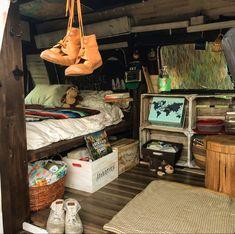 Bus Living, Tiny House Living, Future House, Fuzzy Blanket, Vanz, Van Home, Bus Life, Van Interior, Indie Room