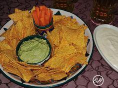 Sos de avocado – Extravagance House Mexican Food Recipes, Ethnic Recipes, Homemade Food, Ketchup, Guacamole, Avocado, Brunch, House, Lawyer