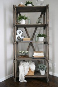 Pallet Rustic Farmhouse Book Shelf www.sawdust2stitches.com