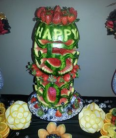 cake from watermelon Kentrina Watermelon Carving, Tiered Cakes, Food Design, How To Make Cake, Birthdays, Fresh, Play, Desserts, Projects To Try