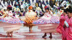 Perú - Puno La fiesta de La Candelaria, observe su traje típico - Jhabich