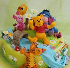 viorica's cakes: Winnie the Pooh pentru Denis