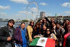 Alumnos de Turismo de 9no. cuatrimestre de viaje por Europa.¡Felicidades chicos! +info.: Tel. (833) 230 3830 Une Tampico, México #UneTampico