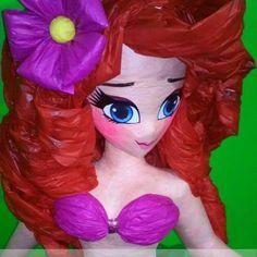 No hay texto alternativo automático disponible. Disney Princess, Disney Characters, Selfies, Ideas, Paper, Princesses, Manualidades, Budget, Felting