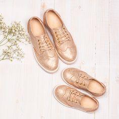 bf2cd13ba72ae Le rose gold est la couleur du moment pour sublimer votre tenue du jour.