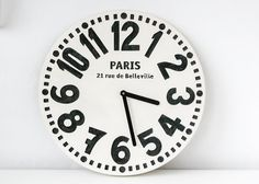 Wall clock - Paris