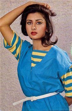 Indian Bollywood Actress, Beautiful Bollywood Actress, Most Beautiful Indian Actress, Beautiful Actresses, Hot Actresses, Indian Actresses, Cristiano Ronaldo Haircut, Poonam Dhillon, Beautiful Heroine