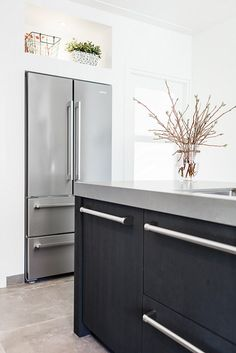 Open Plan Kitchen Dining Living, Living Room Kitchen, Boiler Cover Ideas, Kitchen Cupboards, Kitchen Appliances, Kitchens, Simple Kitchen Design, Bedroom Cupboard Designs, Kitchen Colour Schemes