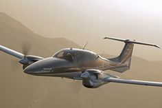 – More of the Best :: Diamond Aircraft Industries Private Plane, Private Jet, Piper Aircraft, Light Sport Aircraft, Small Airplanes, Flying Vehicles, Airplane Photography, Aircraft Design, Jet Plane
