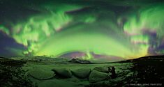 In Iceland, an adventurous photographer (pictured) chanced across a sky full of aurora and did just that. Afterwards, by stitching together five smaller photographs, the entire aurora-lit sky was recreated in this panorama taken from Vatnajökull glacier. Iceland Photos, Aurora Iceland, Aurora Sky, Dame Nature, Astronomy Pictures, Foto Fun, Photographer Pictures, Photos Voyages, Awesome