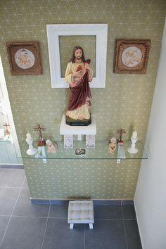 Home Altar Catholic, Altar Design, Prayer Corner, Room Partition Designs, Flat Interior, Bungalow House Design, Rose Decor, Pooja Rooms, Prayer Room
