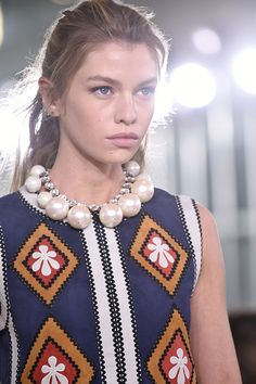 Pearl accessories are updated for S/S 2017 with a contemporary and modern appeal. This classic precious stone is mixed with metals and materials such as gold, silver and suede. Creating a youthful feel look to unique placements, designs and embellishments.