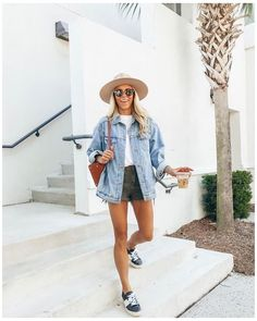 Vintage Summer Outfits, Summer Outfit For Teen Girls, Classy Summer Outfits, Womens Fashion Casual Summer, Summer Fashion Trends, Summer Fashion Outfits, Spring Fashion, Casual Outfits, Summer Outfit With Jeans