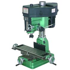 Central Machinery® 33686 1-1/2 Horsepower Heavy Duty Milling/Drilling Machine