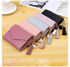 Wallets For Girls, Cute Wallets, Side Purses, Leather Wallet Pattern, Real Gold Jewelry, Stylish Backpacks, Accesorios Casual, Side Bags, Wallets For Women Leather