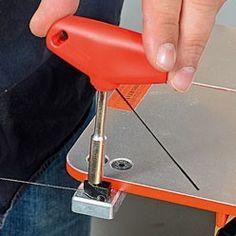 Extraire la lame de la pince inférieure Desk Lamp, Table Lamp, Lame, Dremel, Hair Dryer, Personal Care, Home Decor, Puzzles, Palette