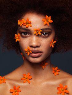 Aesthetic Painting, Aesthetic Drawing, Aesthetic Art, Face Photography, Creative Photography, Kreative Portraits, Theme Nature, Flower Makeup, Photographie Portrait Inspiration