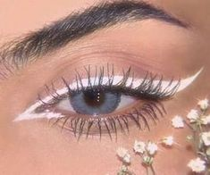 Image about girl in Make up by Bea on We Heart It Euphoria Makeup Looks BEA girl Heart image Cute Makeup Looks, Makeup Eye Looks, Creative Makeup Looks, Pretty Makeup, Skin Makeup, Beauty Makeup, White Eyeliner Makeup, Stunning Makeup, Crazy Makeup