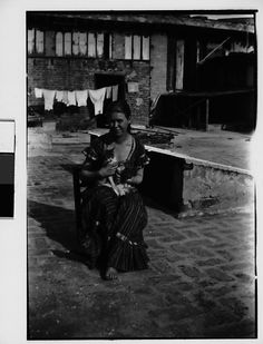 [Seated Woman with Cat on Roof, New York City (?)] Walker Evans (American, St. Louis, Missouri 1903–1975 New Haven, Connecticut) Date: 1928–33 Medium: Film negative Dimensions: 2 1/4 x 3 1/4 in. Classification: Negatives Credit Line: Walker Evans Archive, 1994 Accession Number: 1994.251.888 Rights and Reproduction: © Walker Evans Archive, The Metropolitan Museum of Art