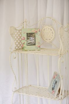 vintage elements throughout the ceremony and reception with pastel green, yellow and pink