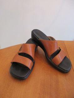 9414e9edb30bf5 Clarks Women s Size 6 1 2 M Tan Leather Sandals   33832 NICE!