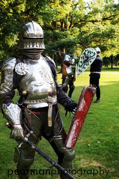 Plate armor, armored combat