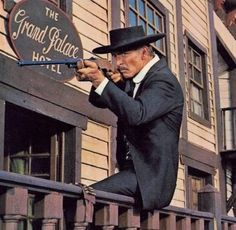 Classic Tv, Classic Films, Lee Van Cleef, Cowboy Art, Cowboy Western, Tv Westerns, Tough Guy, Western Movies, Le Far West
