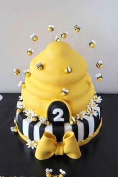 the Bee cake, Arı maya pastası, bee cake, kovan pasta, Bee Birthday Cake, Bumble Bee Birthday, Baby Birthday, 1st Birthday Parties, Bee Cakes, Cupcake Cakes, Bee Hive Cake, Bumble Bee Cake, Mommy To Bee