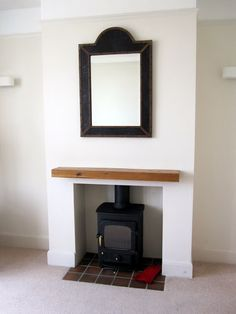 Like shelf over open fireplace Fireplace Hearth Tiles, Open Fireplace, Fireplace Ideas, New Living Room, New Room, Living Spaces, Wooden Fire Surrounds, Wooden Mantle, Chimney Breast
