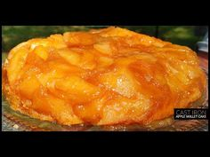 Apple Skillet Cake, You will Love this with Ice Cream! CVC's Holiday Series Apple Dessert Recipes, Apple Recipes, Fall Recipes, Holiday Recipes, Holiday Foods, Cooked Apples, Sliced Apples, Skillet Cake, Cast Iron Recipes