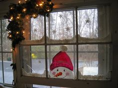 Got some old windows hanging around? Here are some things I've done with old glass windows. Old Window Crafts, Old Window Projects, Window Ideas, Old Window Art, Christmas Art, Christmas Projects, All Things Christmas, Christmas Window Decorations, Holiday Decor