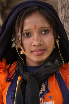 india - a view of gujarat Beautiful Dark Skinned Women, Beautiful Black Women, Indian Girl Bikini, Indian Girls, Indian Beauty Saree, African Beauty, Indian Face, Dehati Girl Photo, Indian People