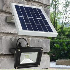 37.42$  Buy here  - Outdoor Solar Powered LED Flood light 10W with 5M wire+2200mA battery for Garden Solar Floodlights Spotlights Lamps  Waterproof