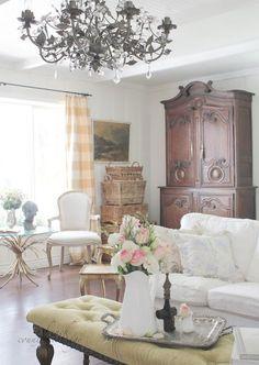 Shabby chic farmhouse living room decorating ideas (30)