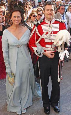 Carmen Tello y su hijo Fernando Solis en su boda en Sevilla