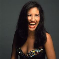 This past year marked an important, though largely unnoticed, milestone for fans of Selena Quintanilla Perez, the hugely popular Tejano singer who died at Selena Quintanilla Perez, Suzette Quintanilla, Selena Pictures, Mundo Musical, Idole, Mademoiselle, Iconic Women, My Tumblr, Jennifer Lopez