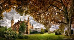 Germany, Mecklenburg-Vorpommern, Schwerin, castle by Domingo Leiva on 500px